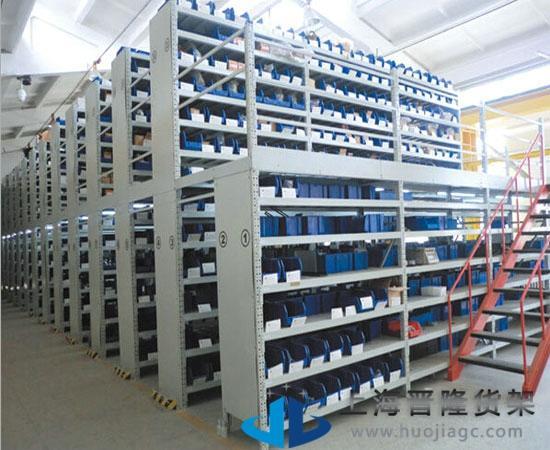 5米,高度 2米(可根据客户具体要求设计) 【 材料】 上海冷库阁楼货架